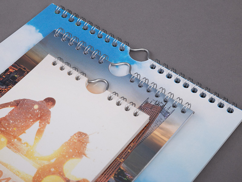 Informations sur le produit Calendrier photos multi-pages 2